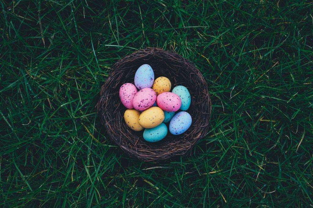 lol ovos de páscoa
