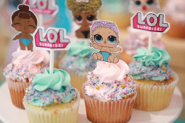 lol party cupcakes